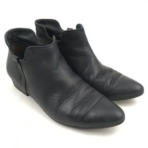 Paul Green booties ankle short boots black pointed